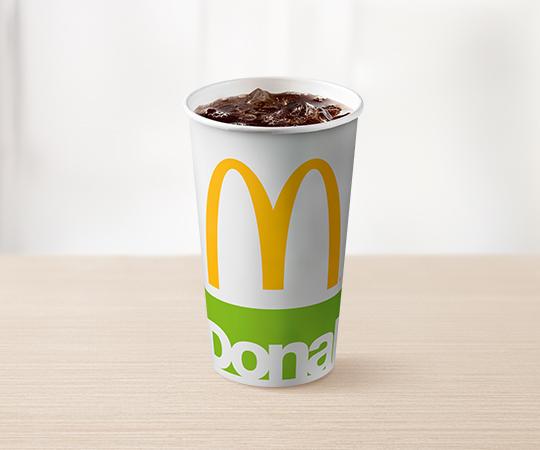 Średni Napój (Coca‑Cola®, Coca‑Cola® Zero, Sprite®, Fanta®, Lipton® Ice Tea)