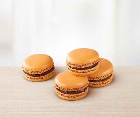 Makaronik osmaku pomarańczowo ‑ czekoladowym